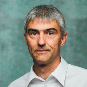 Dr. Martin Reti